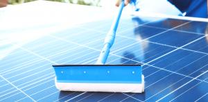zonnepanelen schoonmaken tips