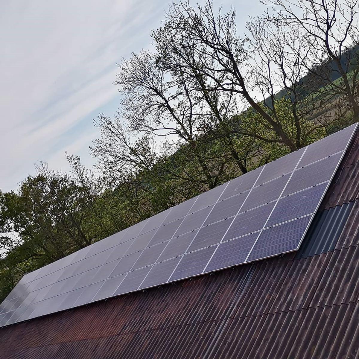 GewoonZon project zonnepanelen plaatsen op golfdak