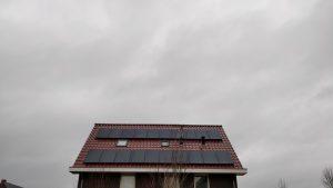Zonnepanelen installatie Gewoonzon project
